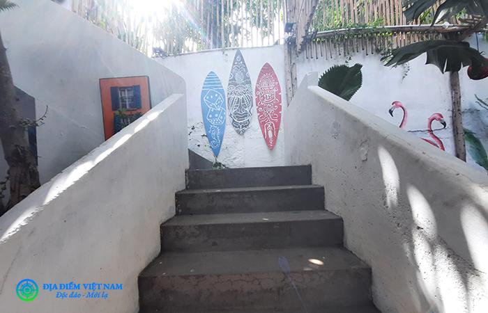 Lối cầu thang lên xuống - Beach Stop Lounge & Cafe Vũng Tàu