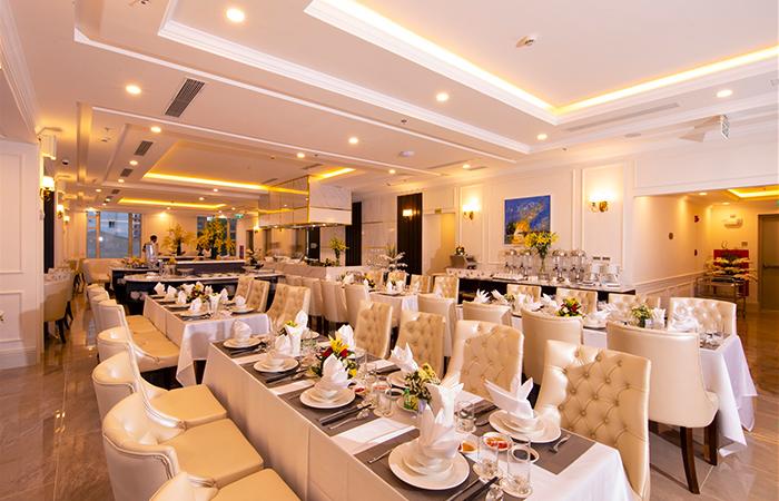 Nhà hàng - Khách sạn Merperle Beach Nha Trang