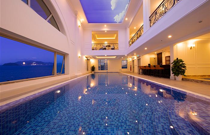Hồ bơi - Khách sạn Merperle Beach Nha Trang