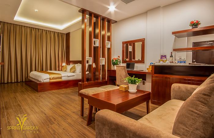 The Spring Garden Hotel Long Khánh - Deluxe King Lake View - Địa Điểm Việt Nam