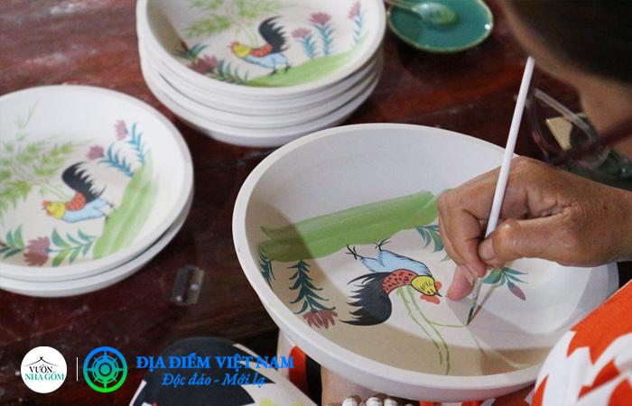 Vẽ gốm - Vườn Nhà Gốm - Địa Điểm Việt Nam (https://diadiemvietnam.com.vn)